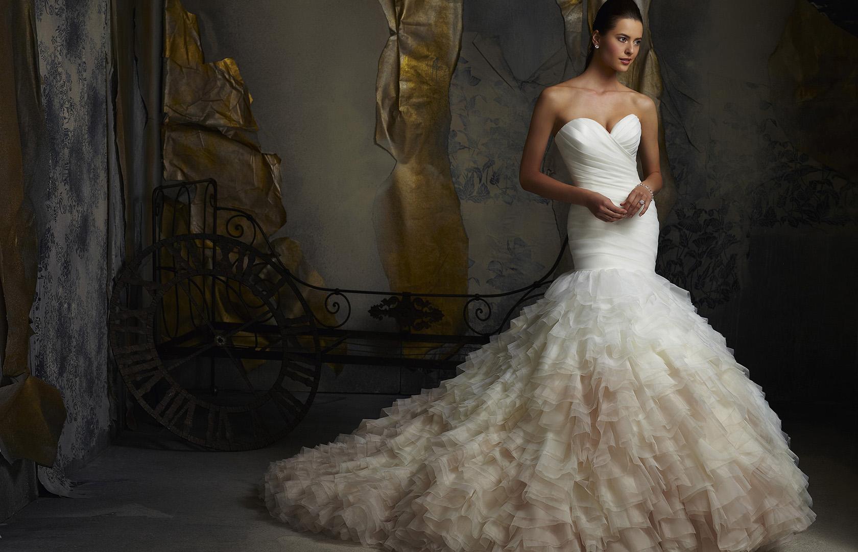161ea02486 Esküvői ruha szalon, esküvői ruha kölcsönzés, esküvői ruhák ...